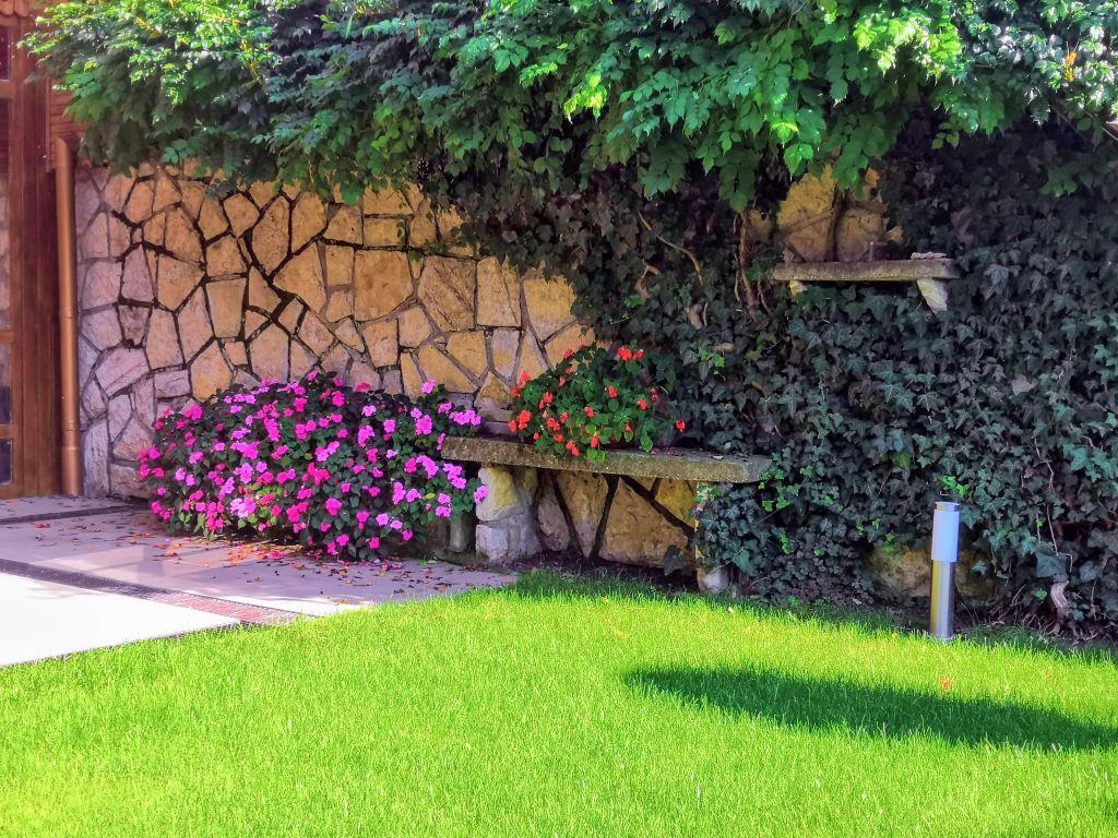 Balatonboglár kertépítés